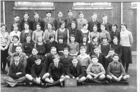 Vintage sex education 1957 as boys grow - 2 2